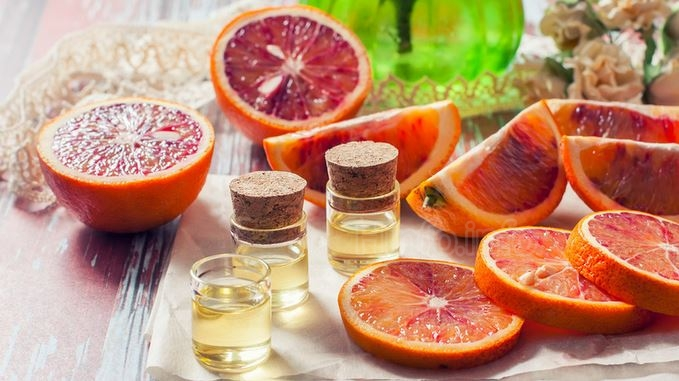 Эфирное масло цитрусовых идеально подходит для снятия и облегчения болей.
